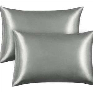 2 Satin Pillow Cases Standard Size NEW